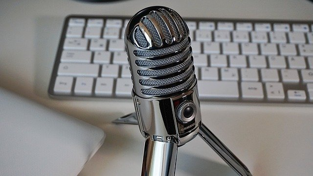 Best microphone for YouTube vlogging in India 2021
