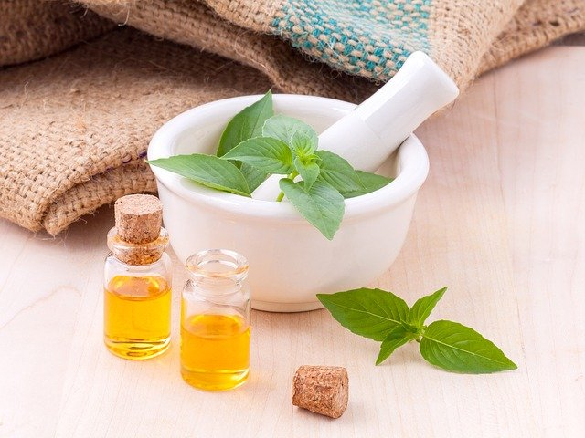 Top Best body massage oil in India 2021- Reviews