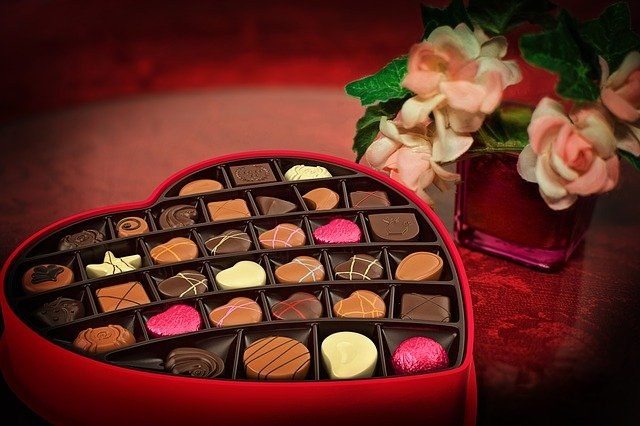 Best Budget Valentines Gifts for him online in India 2021