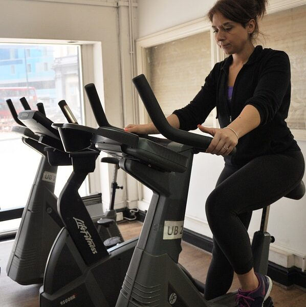 Best exercise bike brands in India (June 2021)- Reviews
